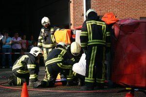 Hulpverlening door brandweer aan slachtoffer(s).